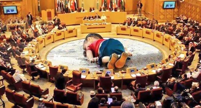 syrian-boy-drowned-mediterranean-tragedy-artists-respond-aylan-kurdi-21__700